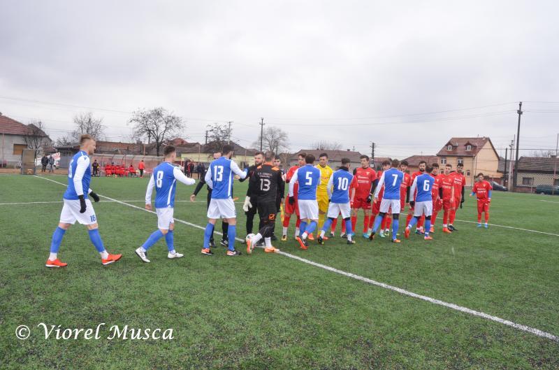 Amical UTA-Crişul Chişineu Criş, scor 0-2