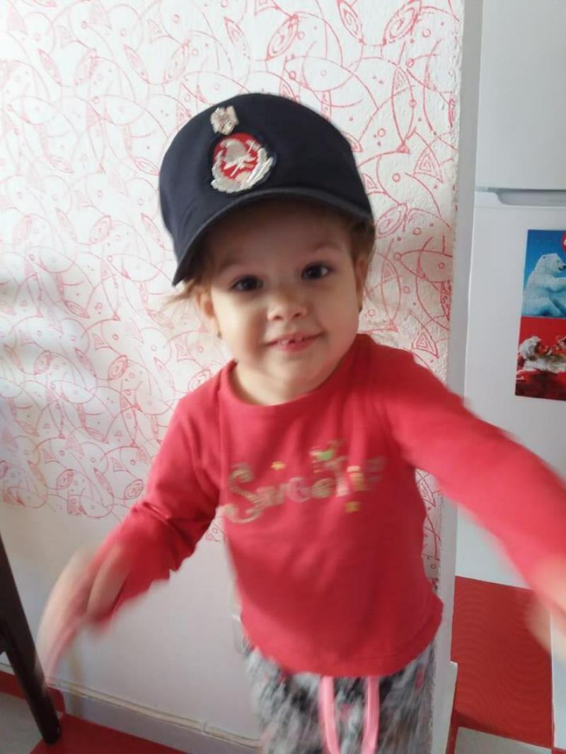DONEAZĂ orice sumă, pentru HANNA, o fetiță de numai 3 anișori din Arad, diagnosticată cu cancer