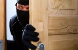 Cum trebuie să îți protejezi casa de hoți