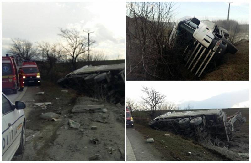 Grav accident rutier produs pe DN69, între localităţile Şagu şi Vinga! Conducătorul unui autocamion, preluat în stare gravă de către medicii SMURD