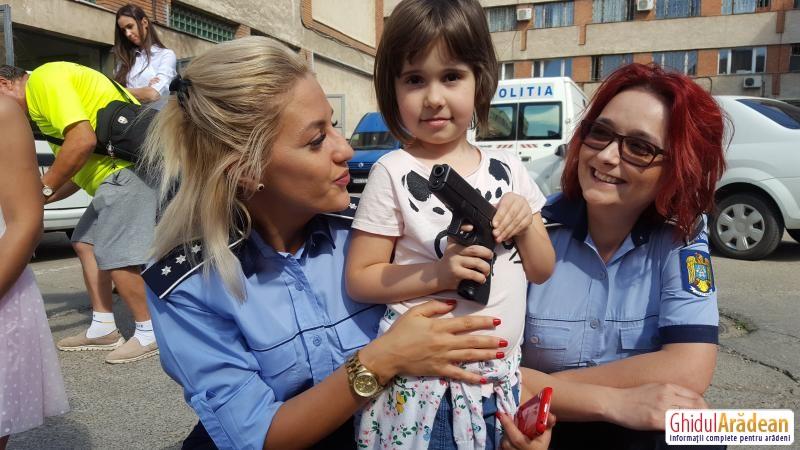 Ziua Poliției Române, sărbătorită în centrul Aradului