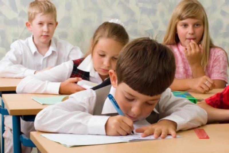 De vineri 30 martie, elevii și preșcolarii intră în vacanță. AFLĂ cât timp vor sta acasă