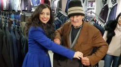 Valul de frig siberian i-a adus unei tinere din Timişoara un bunic! Anca a luat acasă un om al străzii iar acum încearcă să îi schimbe viaţa!