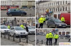 Poliţiştii arădeni au împărţit flori femeilor, cu ocazia zilei de 8 Martie