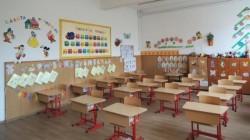 Aproape 2000 de cereri completate, în prima săptămână de înscriere în învăţământul primar