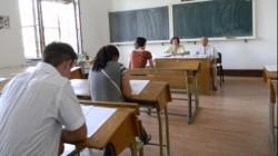 Elevii arădeni, în febra examenelor. Luni încep simulările pentru examenul de Bacalaureat!