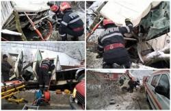 Doi bărbaţi, captivi într-o camionetă răsturnată pe DN7