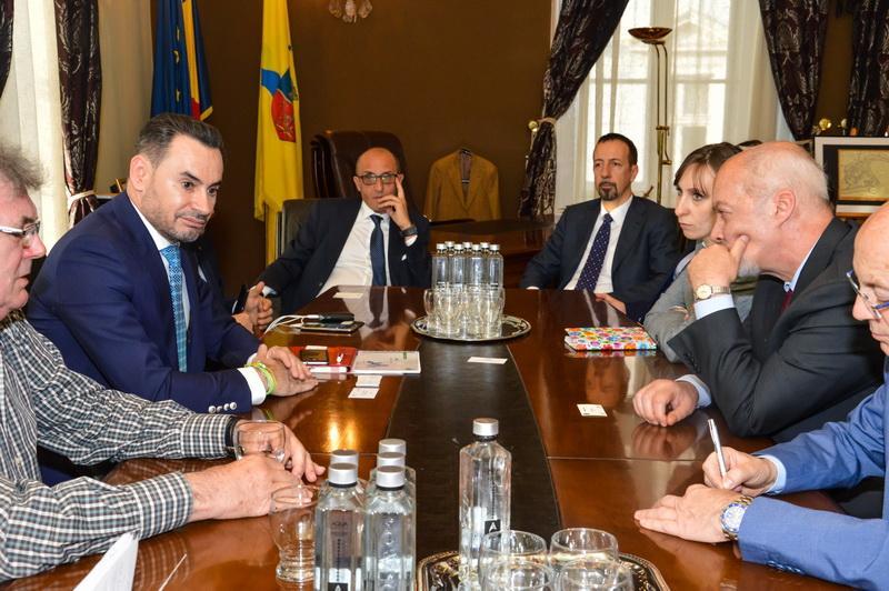 Ambasadorul Italiei în România, vizită instituţională la Arad