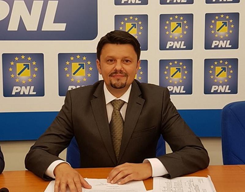 """Ionel Bulbuc (PNL): """"Falcă este mai puternic decât întreg Guvernul PSD, confirmă public social-democrații!"""""""