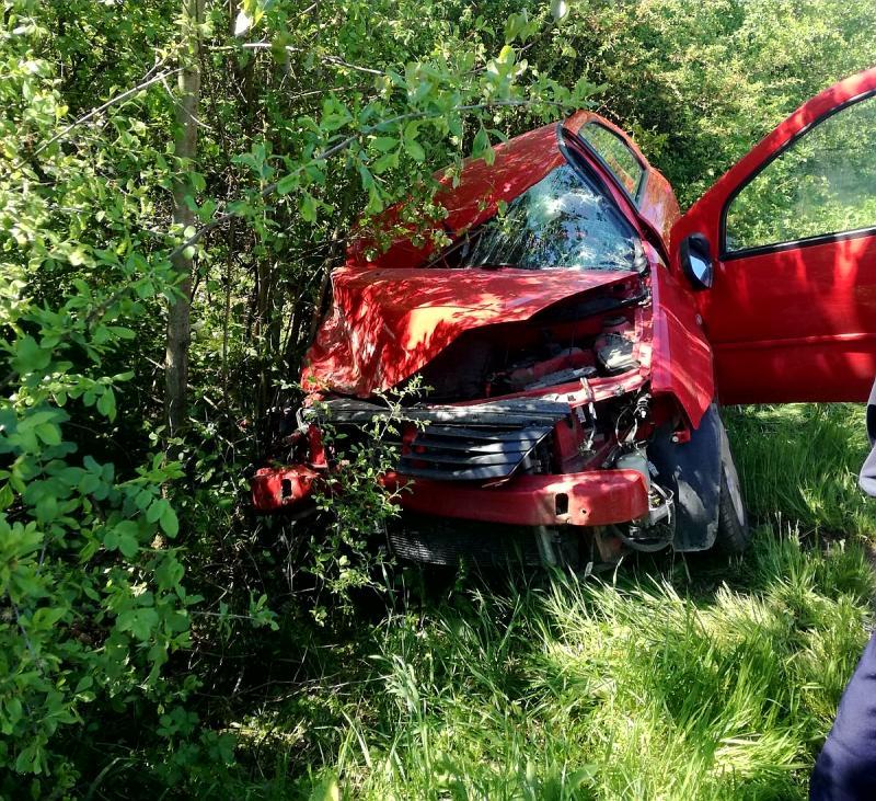 GRAV accident de circulație la Zăbrani. O persoană încarcerată