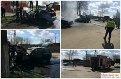 Autoturism cuprins de flăcări pe strada Vaslui din cartierul Micălaca!