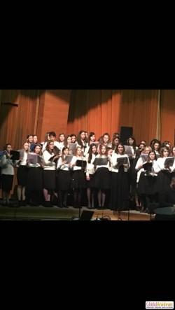 """Tinerii de la Liceul Baptist """"Alexa Popovici"""" au fost """"vocea"""" Aradului la Suceava"""
