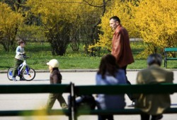 A doua zi de Paște vine cu temperaturi de 25 de grade, în vestul țării