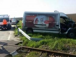 Accident FEROVIAR joi dimineața. Circulația feroviară și cea rutieră, blocată zeci de minute