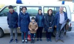 Trei surori din Turcia şi copiii lor au încercat să treacă ilegal graniţa cu documentele altor persoane prin Vama Nădlac