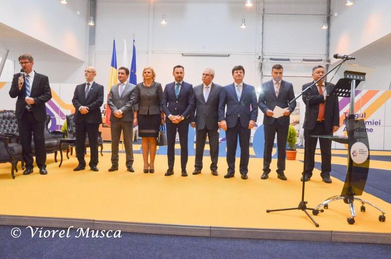 Târgul economiei arădene şi-a deschis porţile. Preşedintele României a felicitat administraţia Arădeană