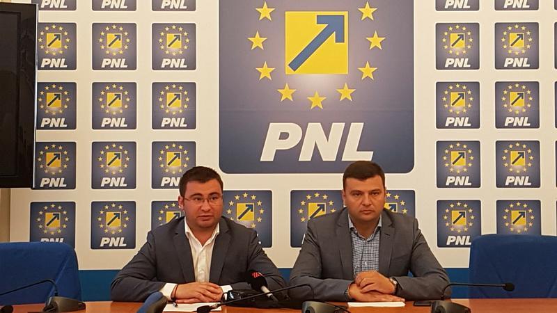 """Glad Varga, deputat PNL: """"Pilonul II de pensii reprezintă o siguranță pentru cetățeni!"""""""