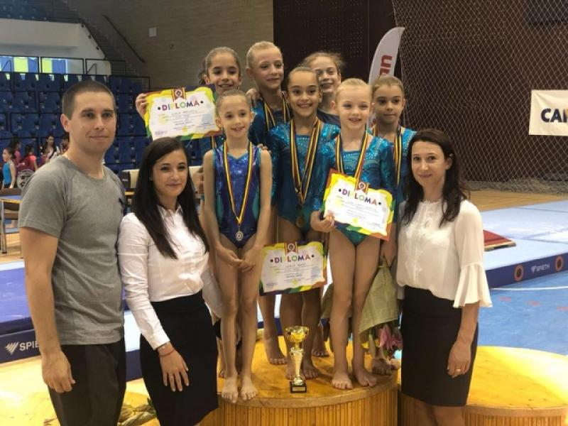 Micile gimnaste sunt campioane naţionale la 9 ani!