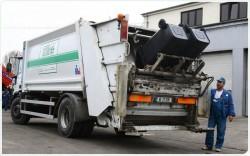 1205 tone de gunoi colectate în prima săptamână de către noul operator pe municipiul Arad