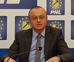 """Dorin Stanca (PNL): """"Românii pierd sume uriaşe din cauza incapacităţii Guvernului de a folosi fondurile europene!"""""""