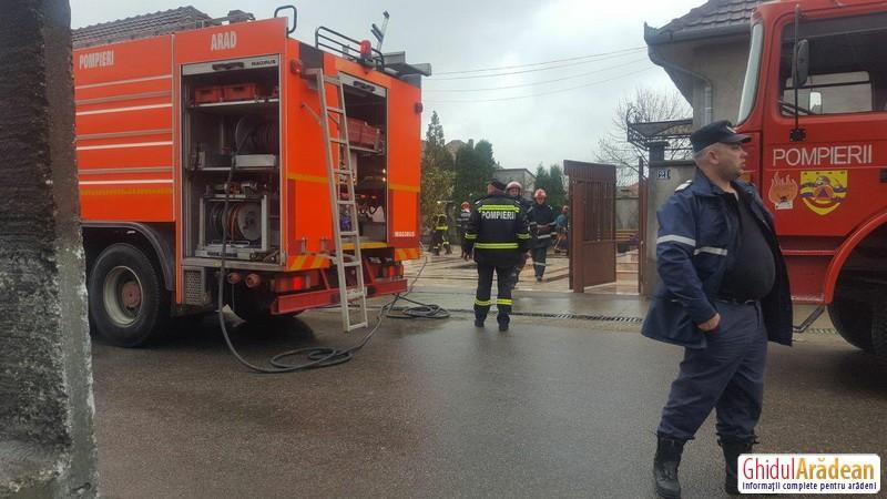 Şapte incendii într-un singur weekend pentru pompierii arădeni