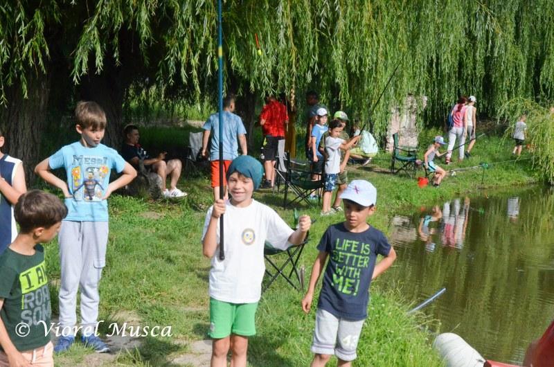 Un altfel de 1 Iunie cu viitorii fotbalişti ai Aradului…