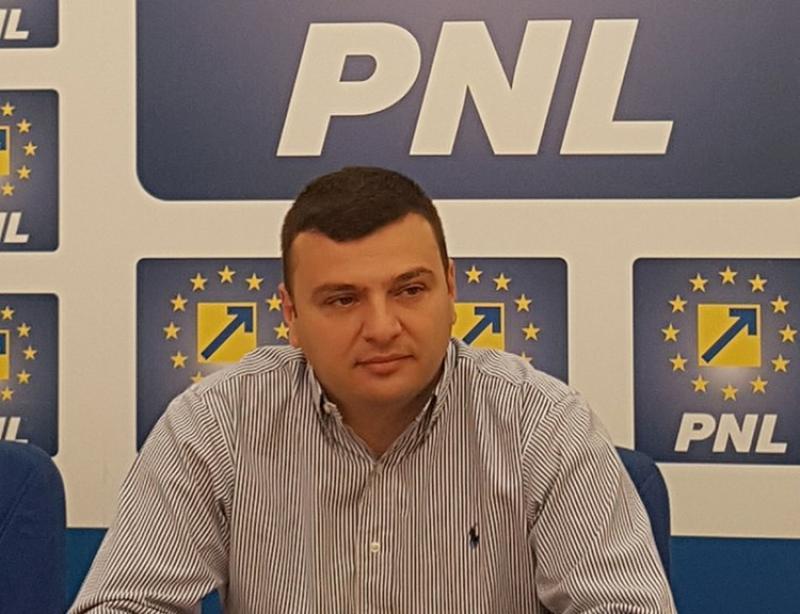 """Sergiu Bîlcea (PNL): """"Guvernarea PSD produce deficit bugetar şi inflaţie"""""""