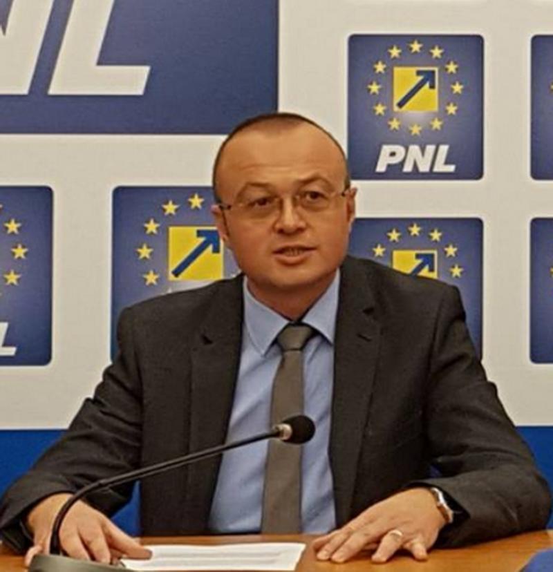"""Dorin Stanca (PNL): """"Parlamentarii PSD propun un proiect de lege care va majora factura la energie electrică """""""