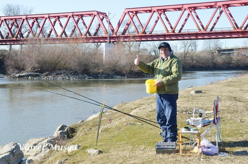 În atenţia pescarilor recreativi sau sportivi! De miercuri, 6 iunie, liber la...peşte!