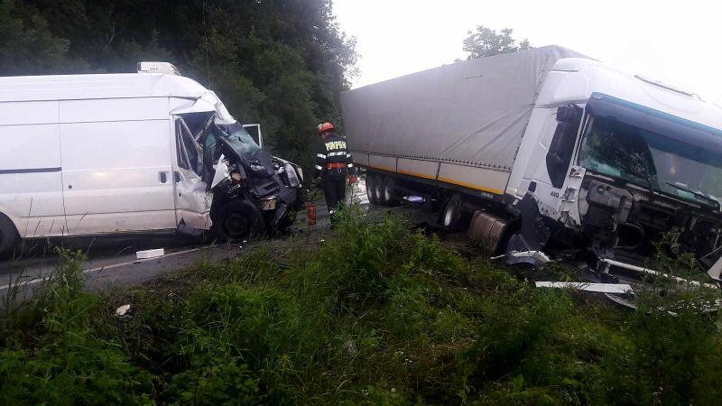 Neatenția sau viteza este urmarea unui alt accident rutier produs în județul Arad
