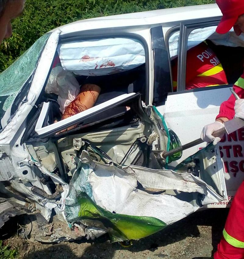 Grav accident rutier la Voivodeni. O persoană a fos grav rănită