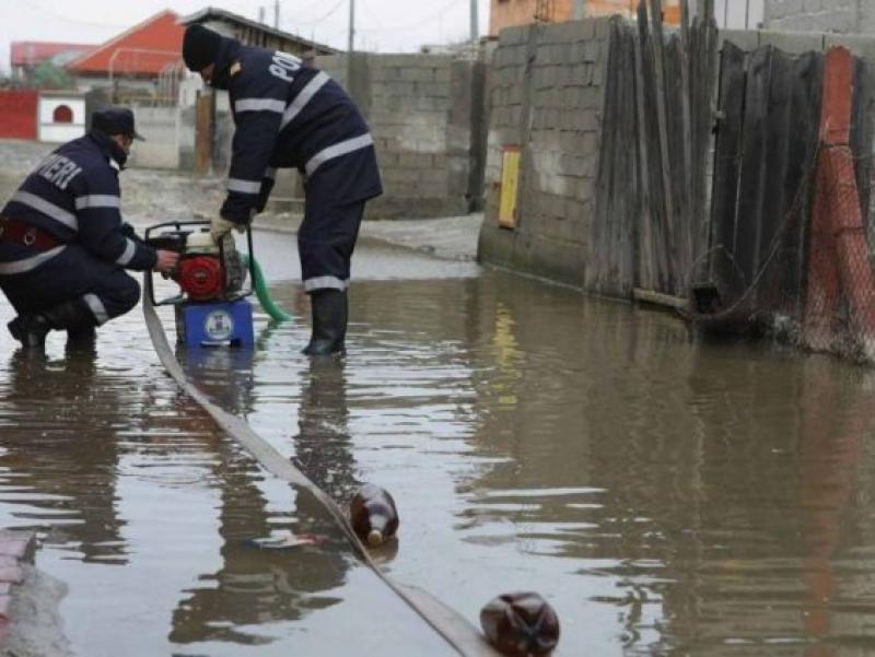 Familie din Frumușeni disperată ! Pompierii au intervenit în ajutorul lor