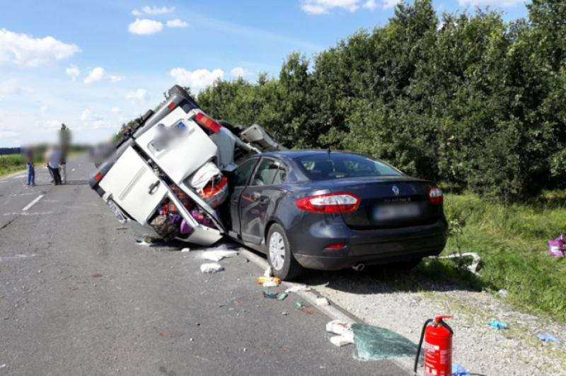 Un alt grav accident rutier a avut loc in Ungaria. Zece persoane au fost grav rănite