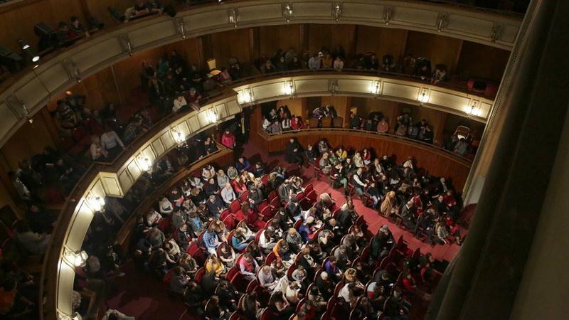 """Bucurie. Spectacol. Aplauze. Teatrul Clasic """"Ioan Slavici"""" la finalul anului teatral 2017 -2018"""