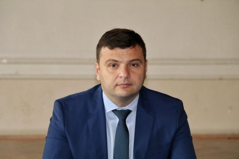 """Sergiu Bîlcea : """"PNL cheamă partidele şi societatea civilă să apere Aradul de PSD"""""""