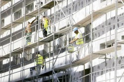 Schema de finanţare a reabilitărilor termice a blocurilor, supusă votului