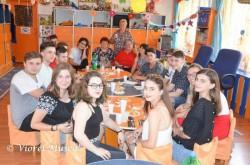 """Eveniment ,INEDIT la Gradinita """"Prieteniei""""din Vlaicu! Liceenii de azi s-au reintalnit cu educatoarele lor din 2008"""