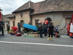 Un grav accident de circulație a avut loc pe DN1. Trei persoane au fost grav rănite