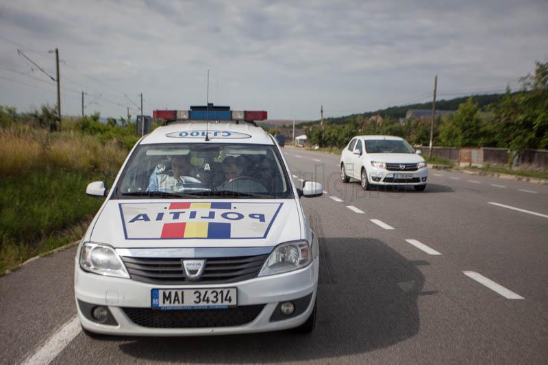 Gata cu radarele în boscheţi! mașinile de poliție vor trebui inscripţionate şi poziţionate vizibil !