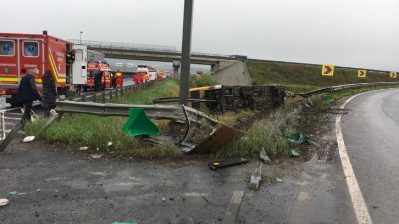 GRAV accident rutier, în urma căruia 33 de persoane au fost rănite