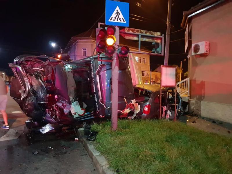 Un alt accident rutier pe strada Andrei Șaguna avut loc miercuri spre joi noaptea