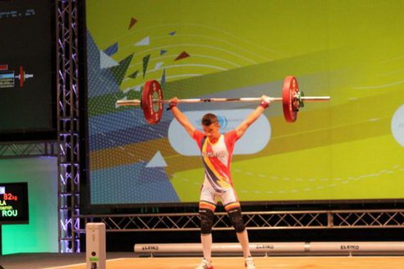Arădeanul Cosmin Krupla, triplu medaliat european la haltere!