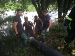 Pompierii arădeni se întorc de la Sibiu, după 24 de ore de intervenții pentru evacuarea apei din gospodării