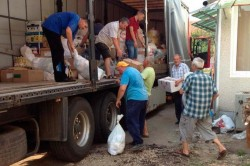 Poţi dona bunuri pentru sinistrați afectaţi de inundaţii