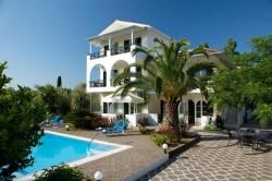 TREBUIE să afli ASTA dacă ești sau dorești să călătorești în concediu în Grecia