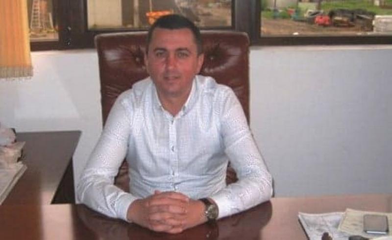 Afaceristul Palcu, (un apropiat ALDE) îl amenință pe primarul comunei Hălmagiu!