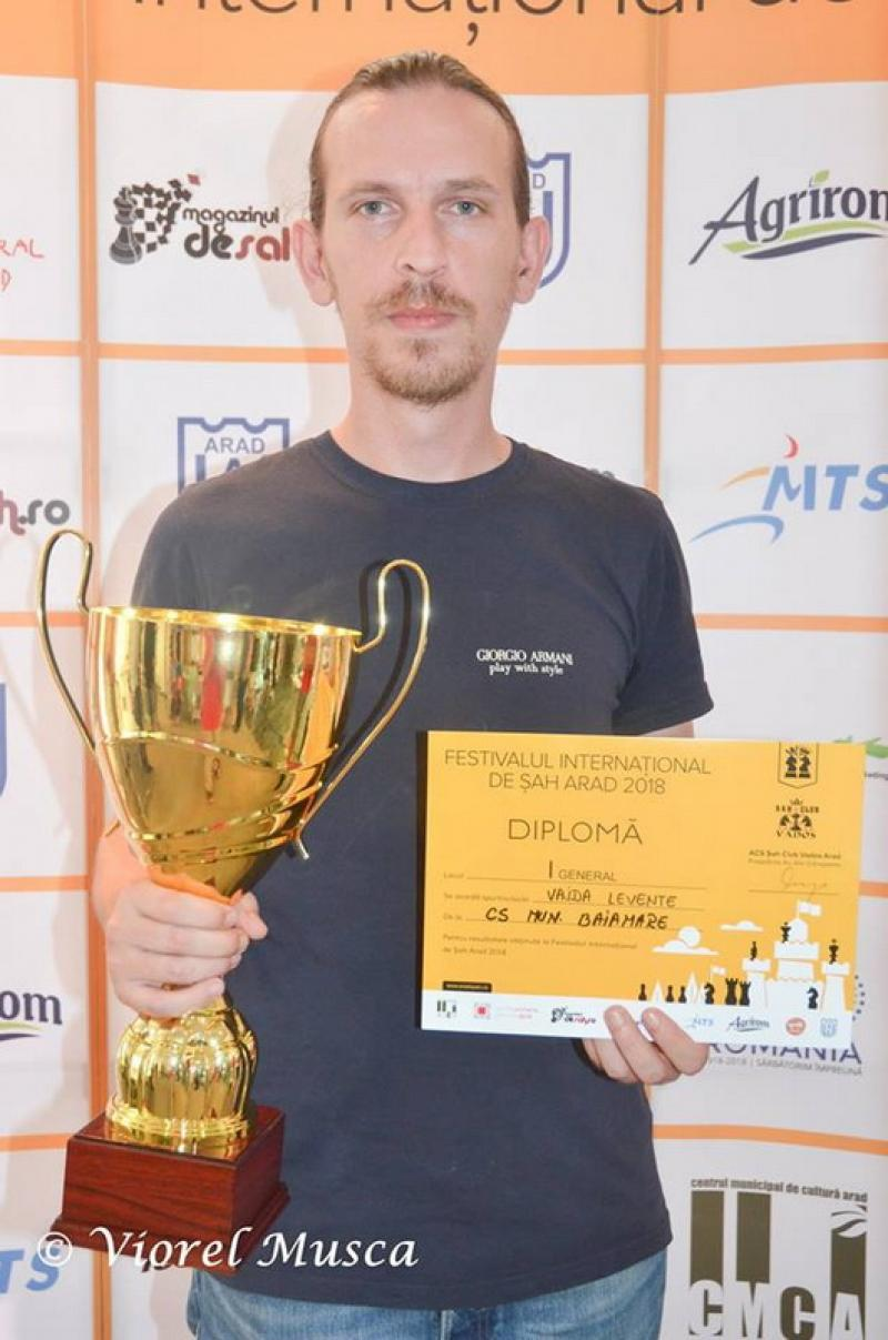 Marele maestru Levente Vajda câștigă triumfal openul Arad 2018