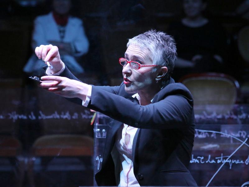 "Start la... bilete, la Teatrul Clasic ""Ioan Slavici""!"