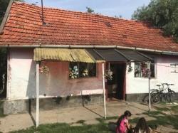 Crimă comisă la Sepreuș. Un bărbat și-a ucis fratele