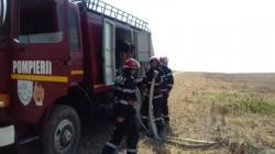 Au luat foc 15 hectare de miriște între Șilindia și Ineu